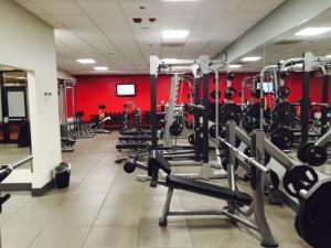 hilton gym1